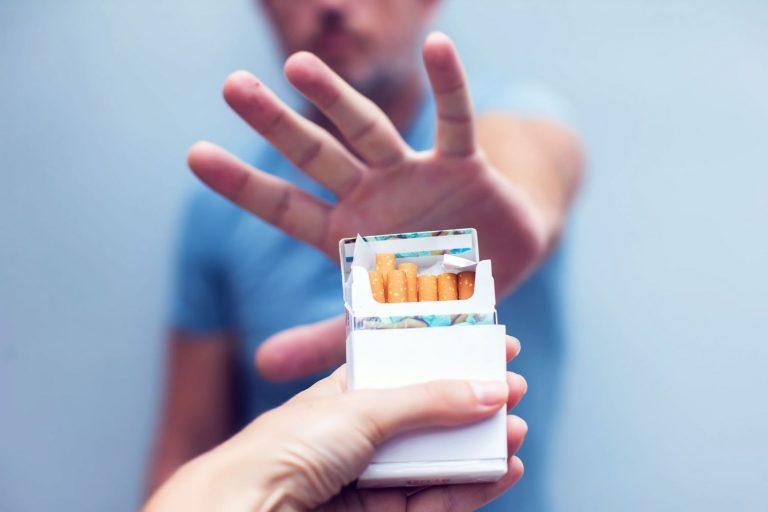 Cómo dejar el tabaco: trucos para cortar con el cigarrillo