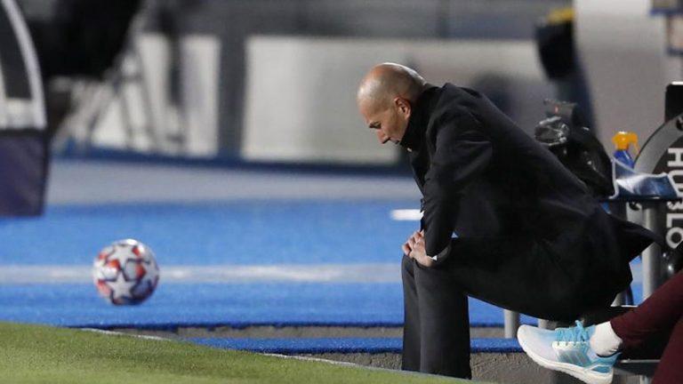 Con un pie fuera: estos son los errores que han condenado a Zidane