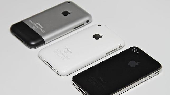 iPhone 3GS y 3G, junto al iPhone (original)