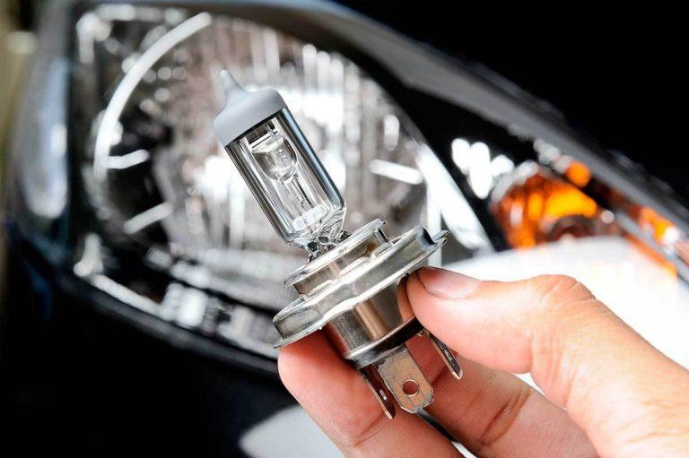 Cómo cambiar paso a paso las luces del coche