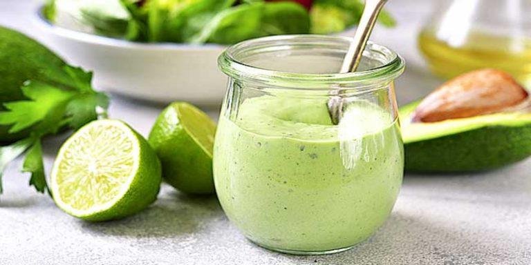 Cómo hacer una mayonesa de aguacate sabrosísima y en 30 segundos