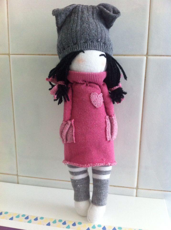 """Muñecas con calcetines, los juguetes """"esponjosos"""""""