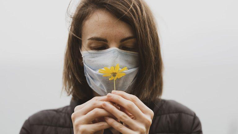 Claves para recuperar el sentido del olfato si te ha quedado como secuela por la Covid-19