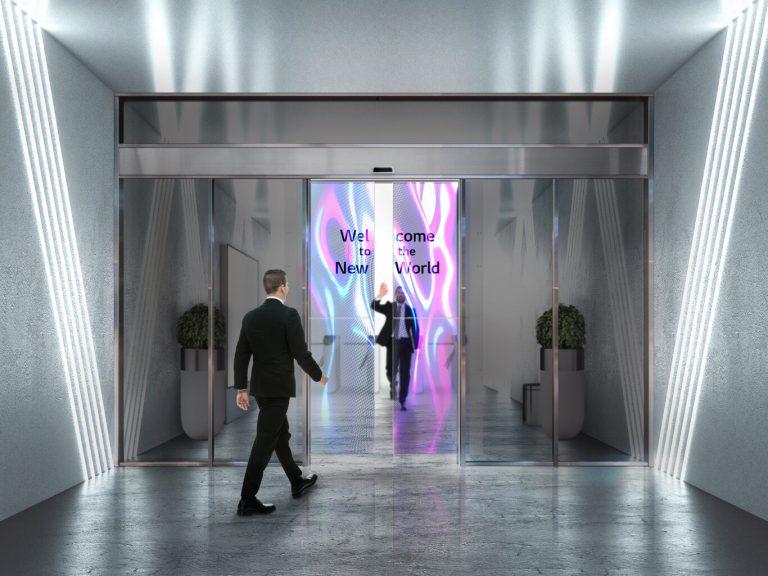 LG: Así son las teles OLED transparentes que se cuelgan en las puertas