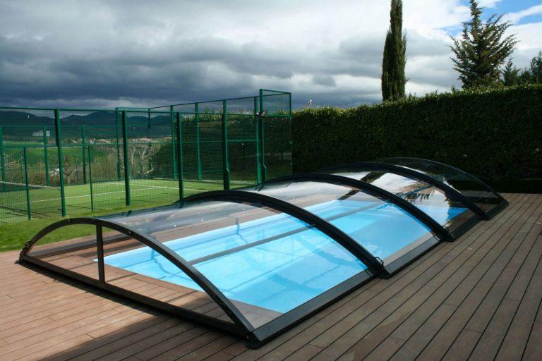 Descubre las principales ventajas de las cubiertas de piscinas