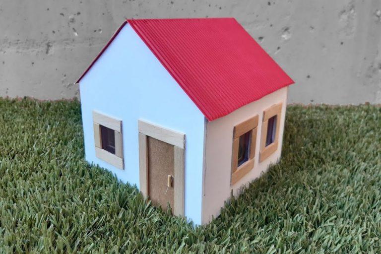 Cómo  hacer una casa de cartón para niños