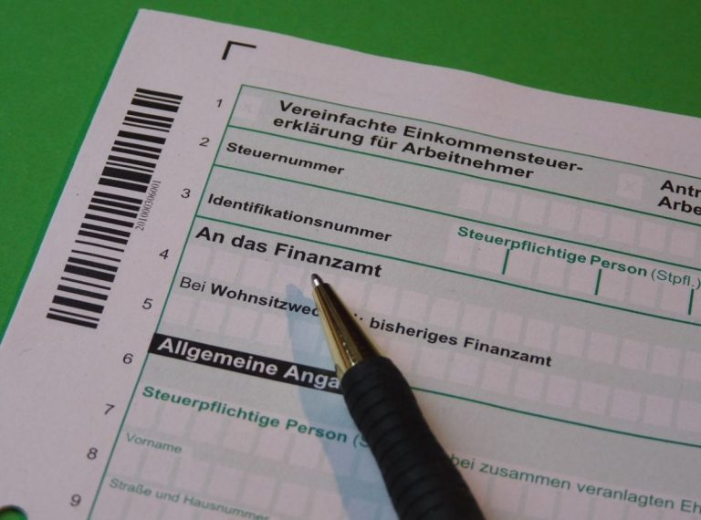 El truco para ahorrar más de 4000 euros en la declaración de la renta