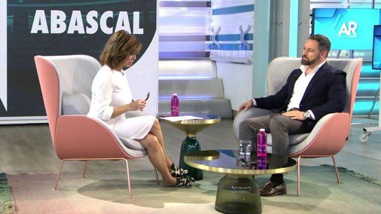 Ana Rosa, Mónica Carrillo… ¿Qué opinan los famosos de la eutanasia?