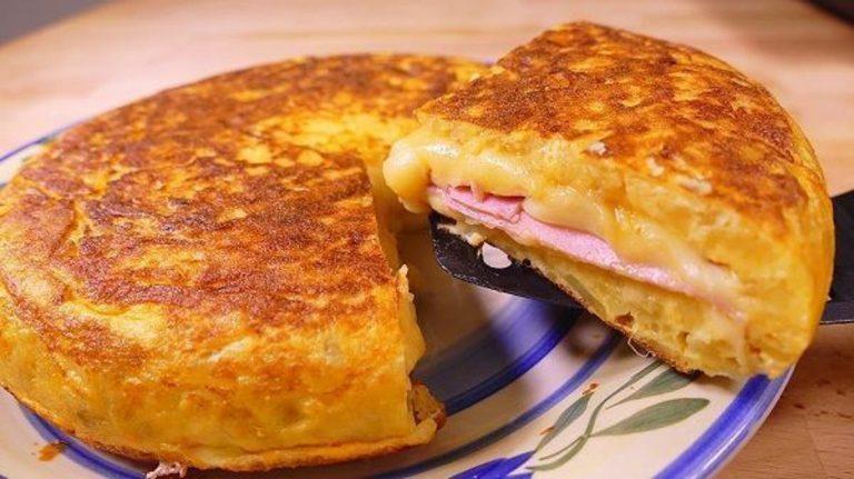 Tortilla de patatas: el truco para rellenarla de lo que más te guste