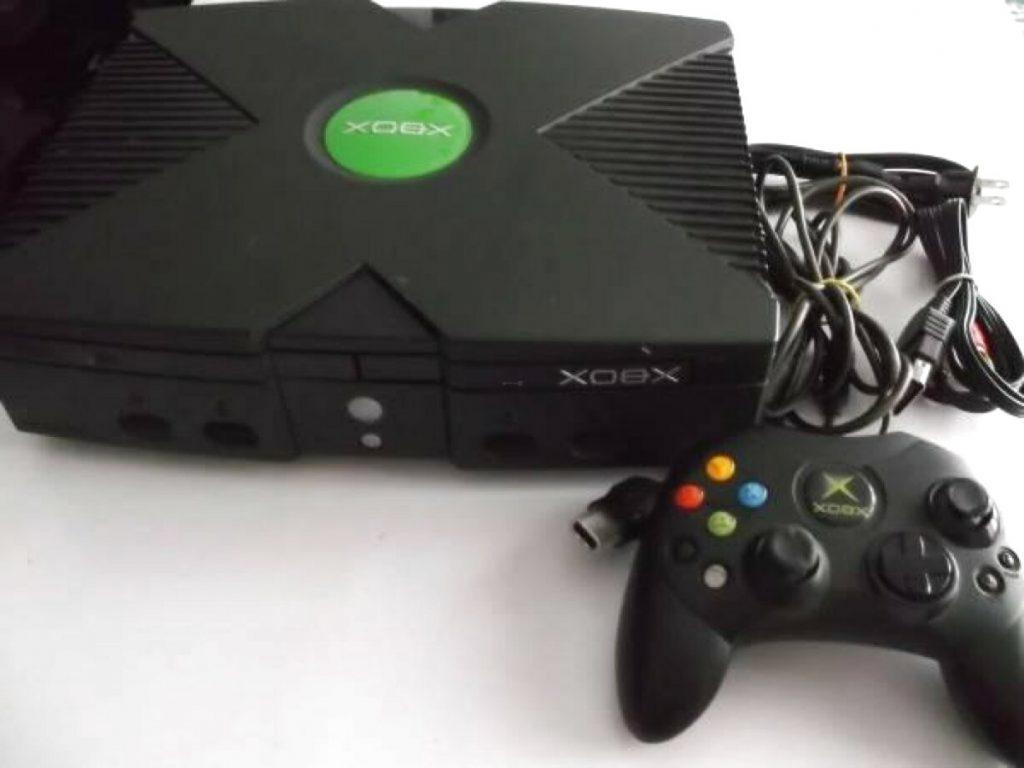 Xbox: Por qué los mandos no han 'evolucionado' y siguen usando pilas