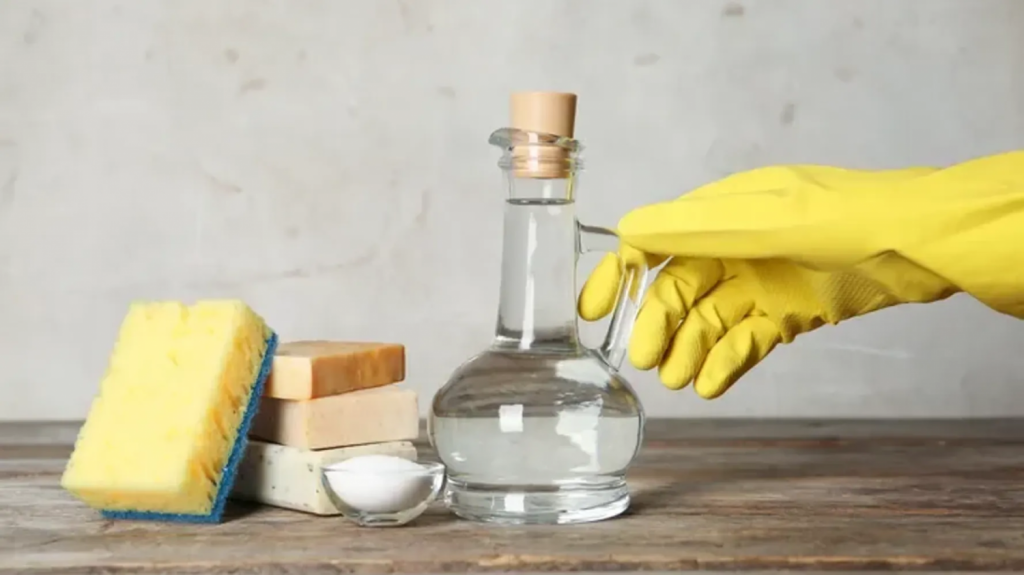 Bicarbonato y limón para limpiar tu inodoro