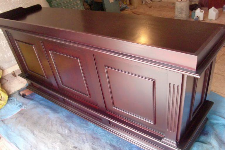 Cómo cambiar un mueble de color