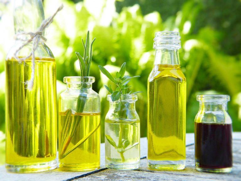 Cómo hacer aceite de romero en casa