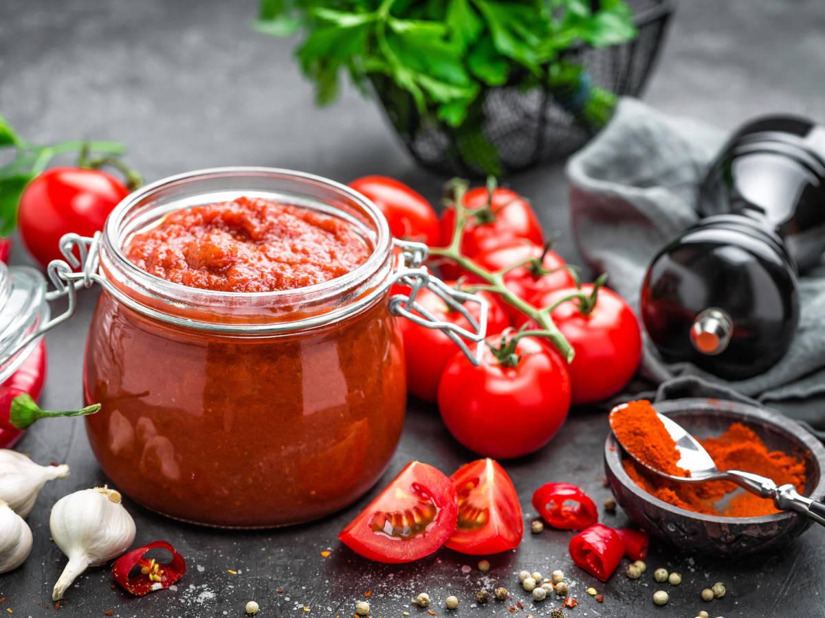 Cómo hacer salsa de tomate con la receta de Karlos Arguiñano