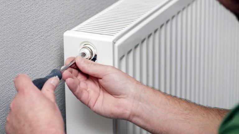 Cómo purgar los radiadores para que den más calor