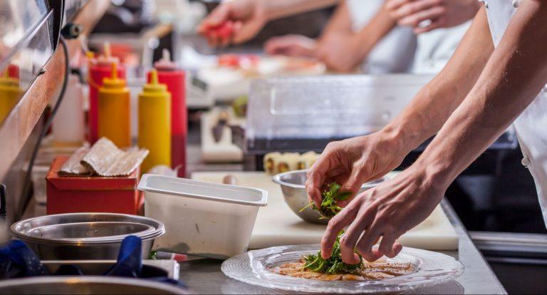 Cómo sacarse el carnet de manipulador de alimentos