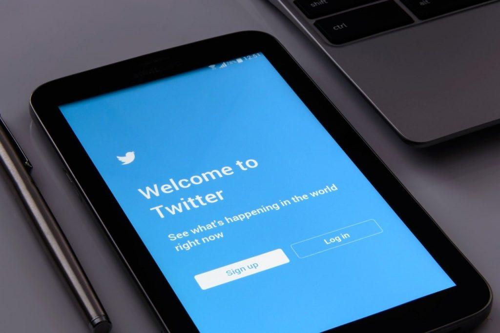 Descargar tus datos de Twitter desde el móvil