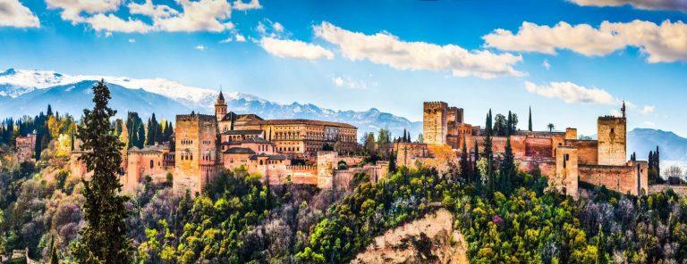 El desierto de Granada y otras sorpresas que te esperan en la ciudad mágica