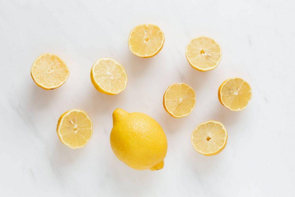Limpiar mármol con limón