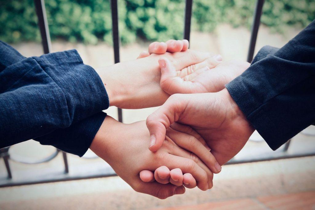 ¿Por qué es bueno practicar el altruismo?