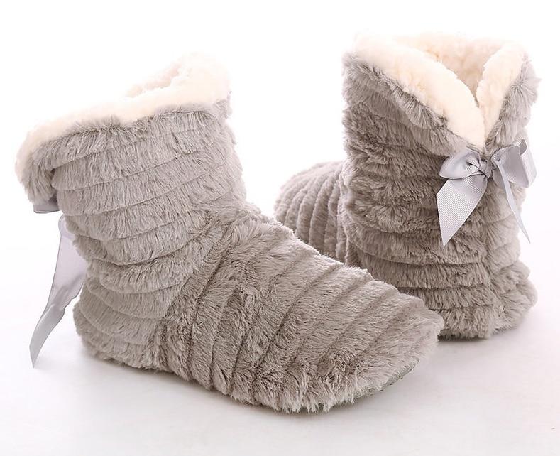 Zapatillas de bota con lazo
