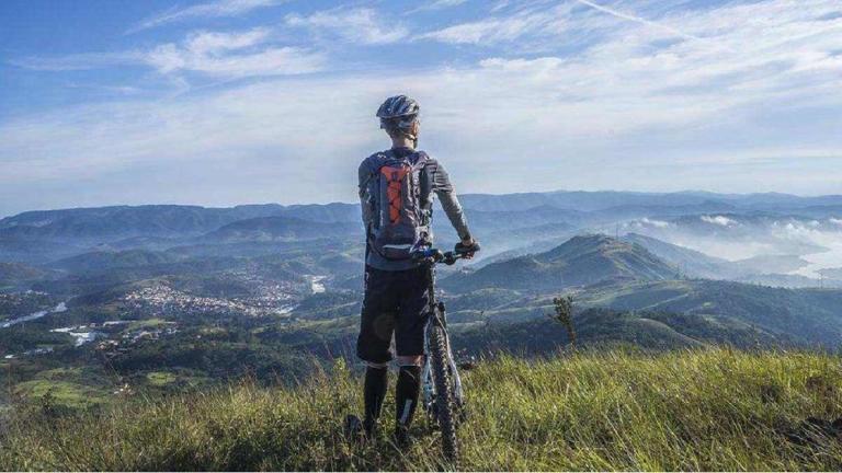 Mejores rutas para dar la vuelta a España en bicicleta y consejos prácticos