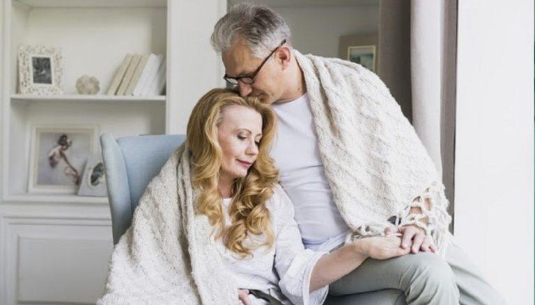 Solteros 50, la web para encontrar parejas a partir de los 50