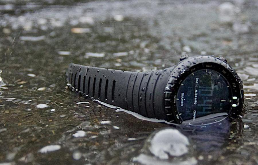 smartwatch nieve suunto core all