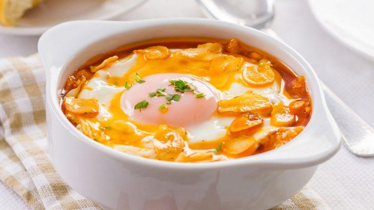 Sopa de ajo: cómo hacer el plato ideal para el invierno