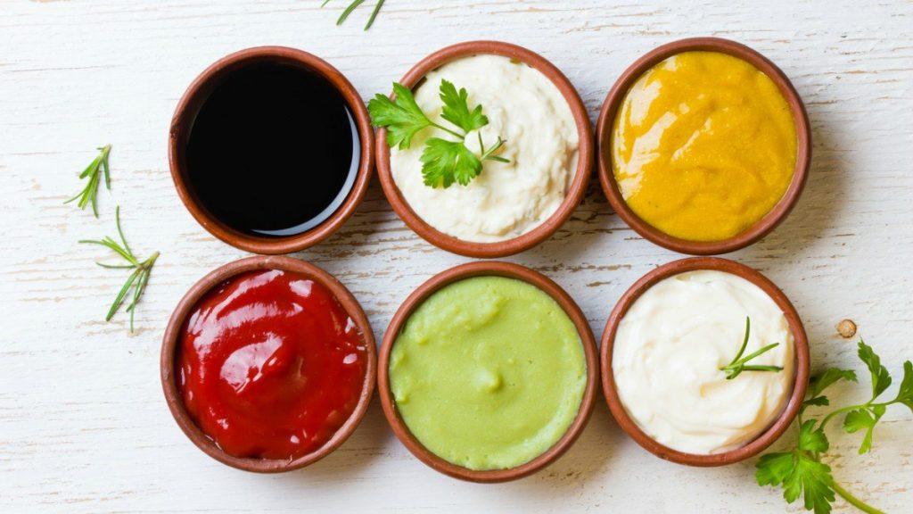 Diferentes salsas para la ternera