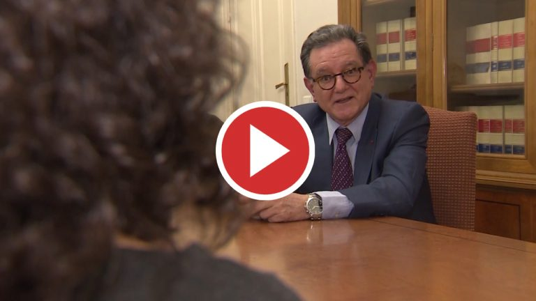 El candidato español a fiscal jefe del TPI promete agilizar los casos