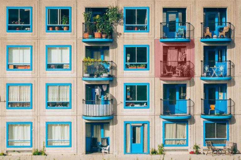 Los motivos por los que debes ser amable con tus vecinos