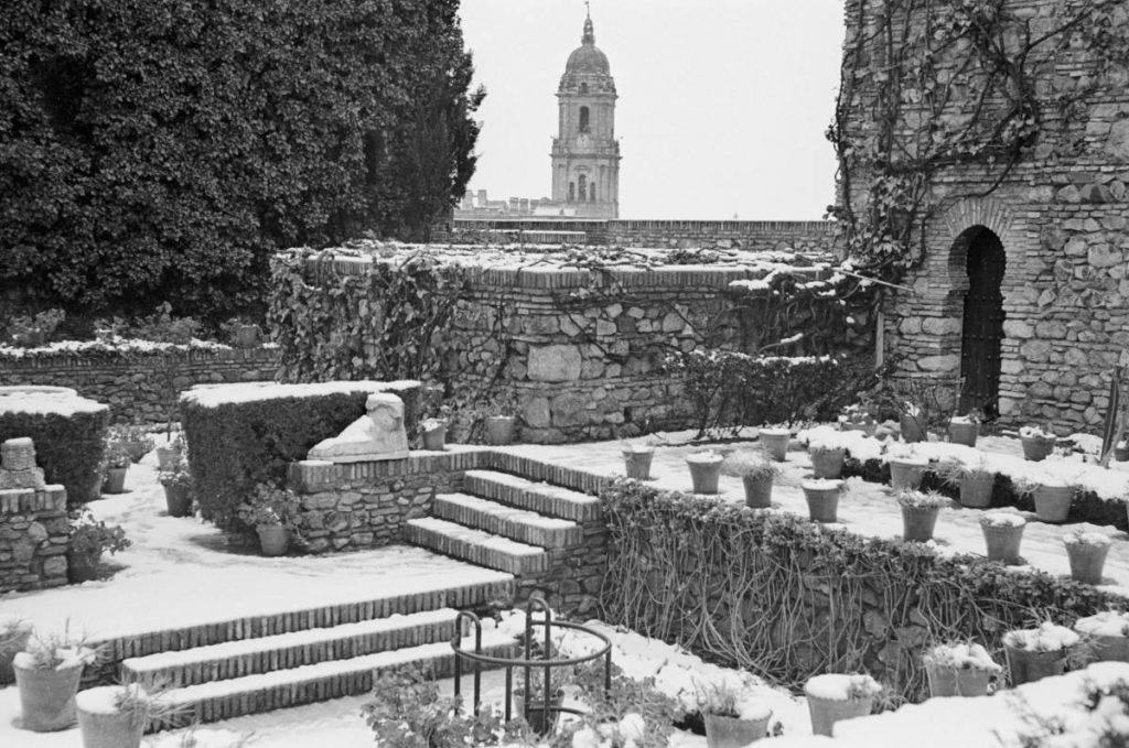 Imagen de la última nevada en Málaga, en un febrero loco de 1954.