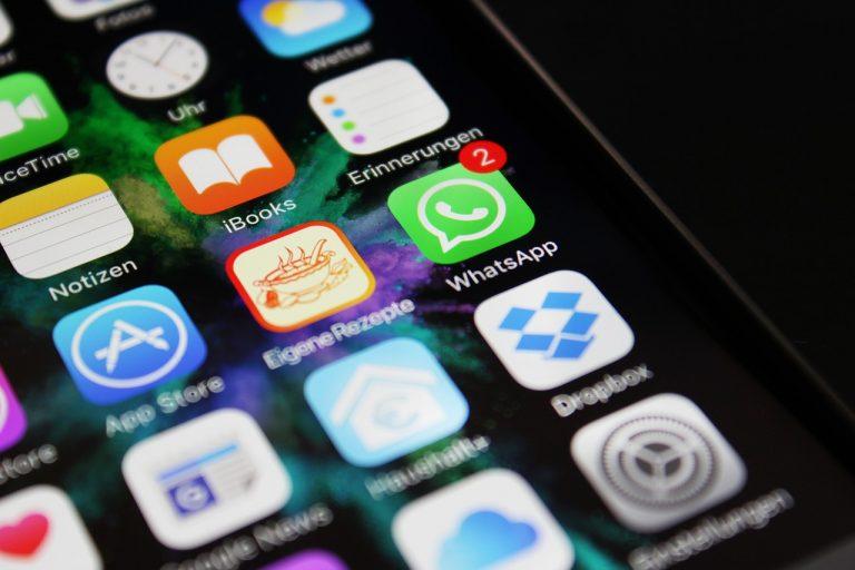 Cómo evitar que espíen tus conversaciones en WhatsApp