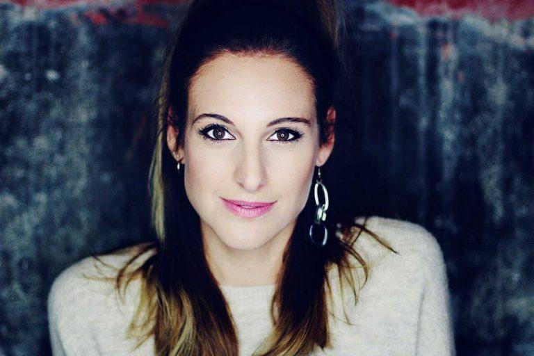 Conchita y 'Sálvese quien pueda', su nuevo videoclip