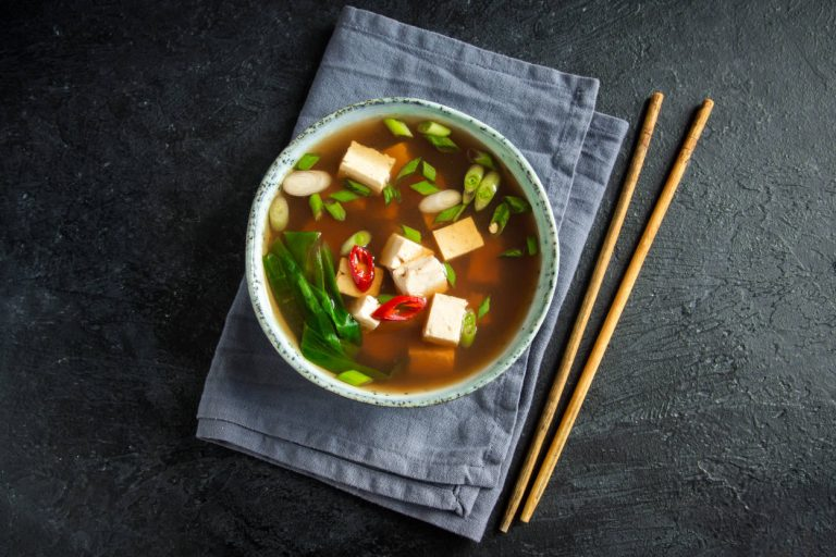 Dieta japonesa: así es la alimentación que te hace perder kilos, evita el cáncer y te hace vivir más
