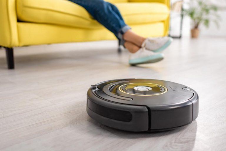 Estos son los mejores robots aspirador que además friegan el suelo