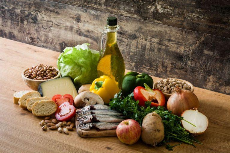 Esto es lo que le pasa a tu cerebro cuando empiezas la dieta mediterránea