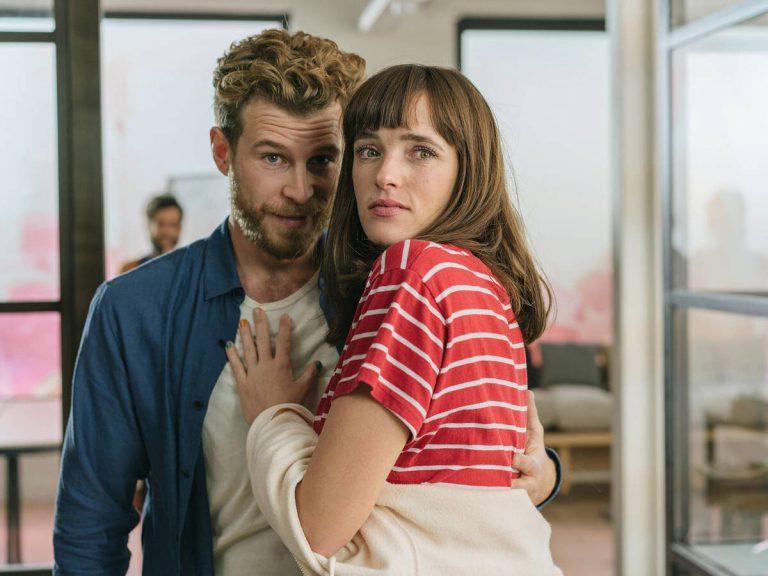Netflix: así es el tráiler de Loco por Ella, la comedia española más esperada
