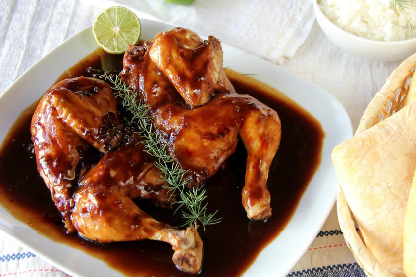 Ingredientes para preparar los muslos de pollo con Coca Cola y salsa de soja
