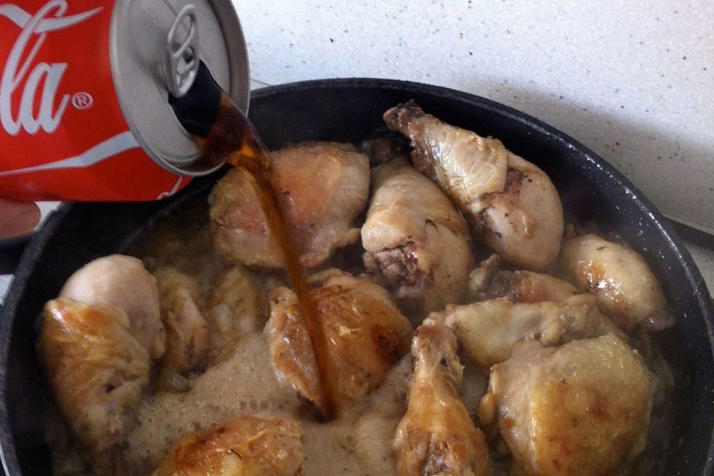 Pasos para preparar el sándwich de pollo con Coca Cola