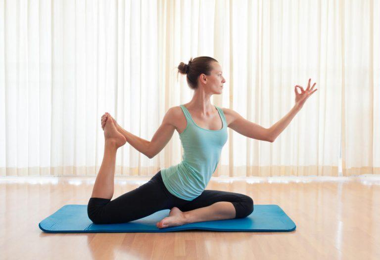 15 posturas de yoga imposibles