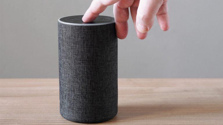Altavoces inteligentes con Alexa que puedes comprar a precio de ganga