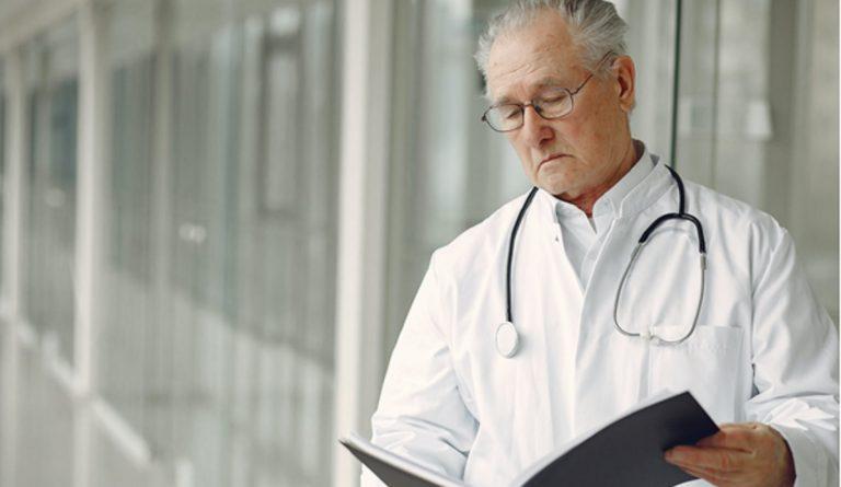 Rinoplastia y aumento de pecho son dos de las cirugías estéticas más solicitadas