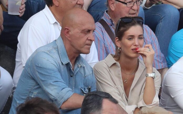 ¡Se harta! Marta López, la novia de Kiko Matamoros, estalla en  las redes