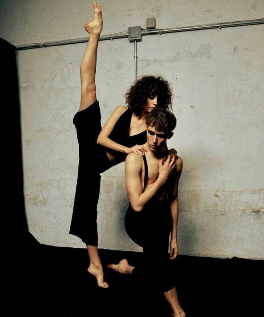 María Pedraza, practicando ballet
