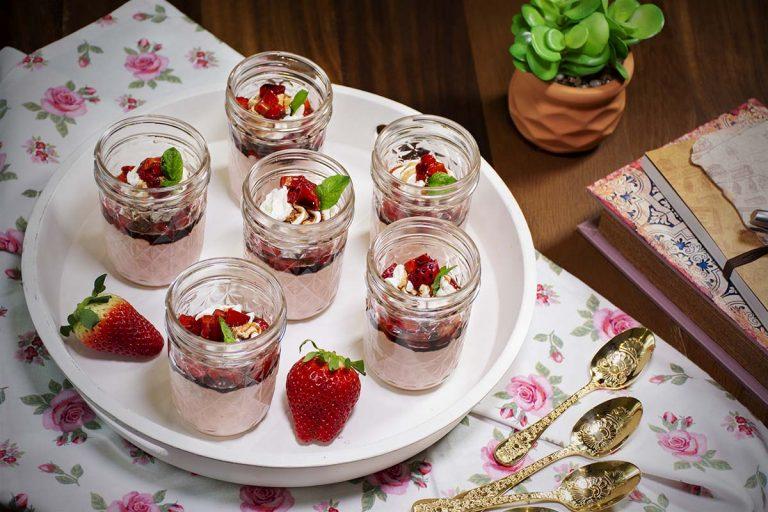 Mousse de fresas: la 'guinda' dulce para una noche de San Valentín