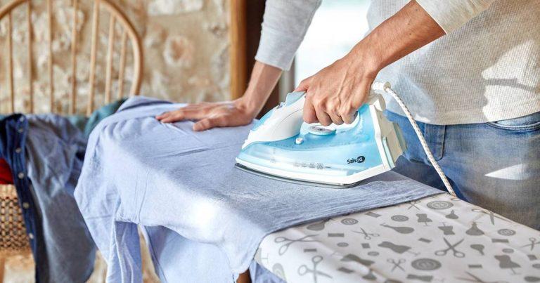 Cómo planchar una camisa y que quede como recién sacada de la tienda