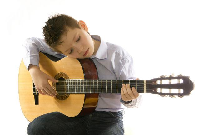 Elige una guitarra para comenzar con el aprendizaje