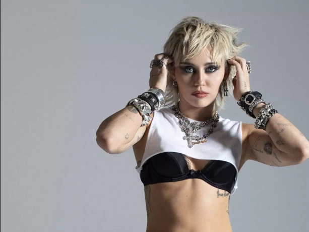 Miley Cyrus y 'Angels Like You', su nuevo vídeo